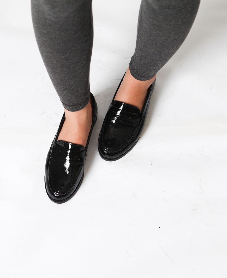 Black Patent Leather Loafers Loafers For Women How To Wear Loafers Black Patent Leather Loafers [ 1065 x 870 Pixel ]
