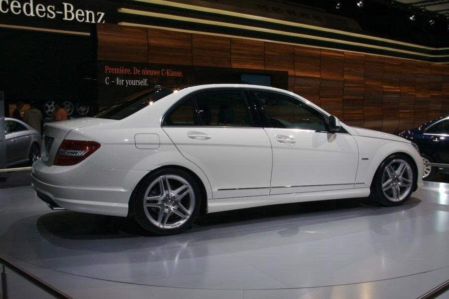 Mercedes C Class White With Images Benz C Mercedes C Class