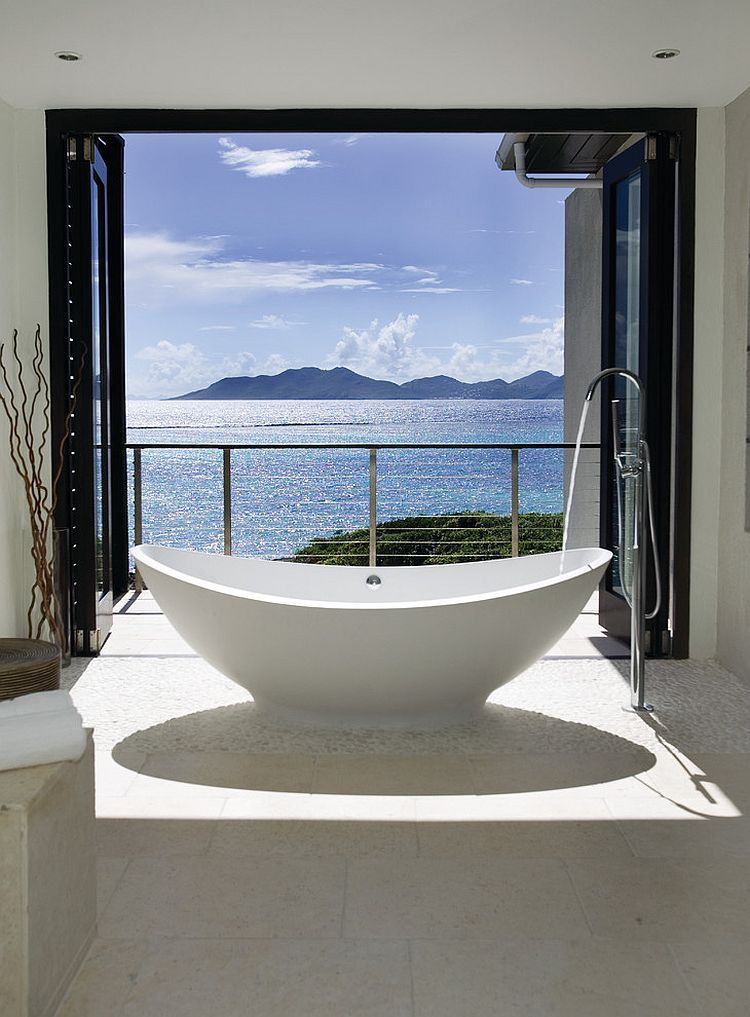20 Luxurious Bathrooms With A Scenic View Of The Ocean Ocean View Beach House Decor Modern Architecture