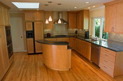 Maple Wood Kitchen Cabinets - Kitchen Design Ideas