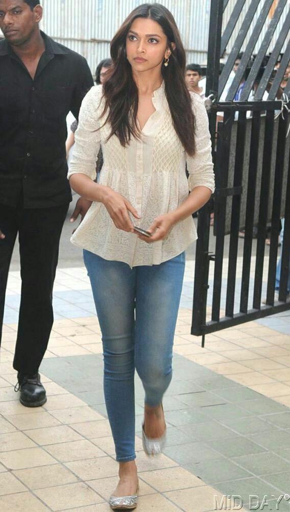 deepika #Indian girl | Deepika padukone style, Casual ...