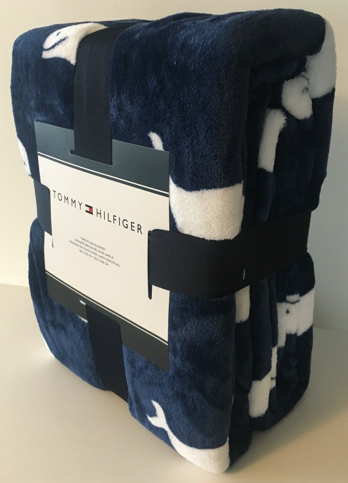 Awesome Tommy Hilfiger Twin Plush Throw Blanket Blue W White Whales Uwap Interior Chair Design Uwaporg