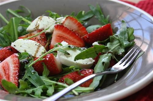 Strawberry and goats cheese salad with balsamic reduction