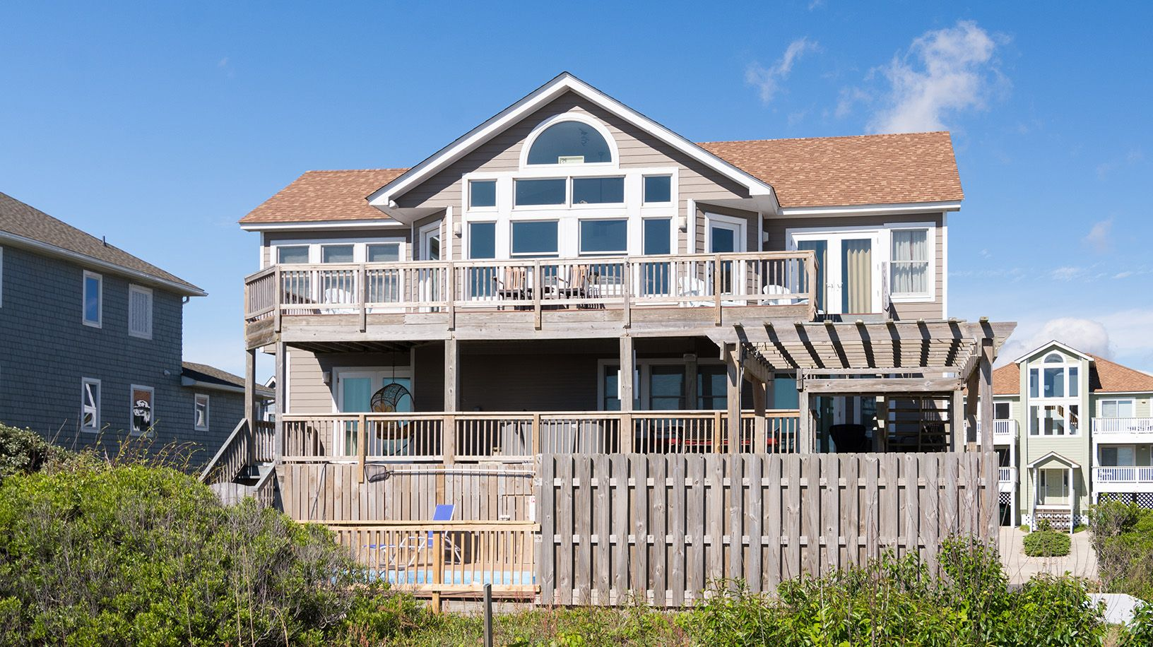 Tranquilo P176 is an Outer Banks Oceanfront vacation rental in