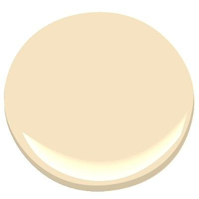 Benjamin Moore Montgomery White A Softly Honeyed Bisque That Casts Delicate Warm Glow It S Perfect Pretty Pale Yellow Infinitely Versatile