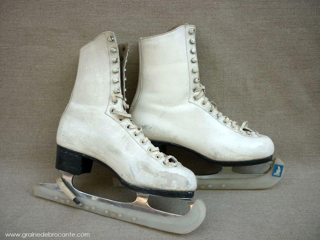 Paires de patins glace vintage lana patineuse pinterest patin glace et dessin de noel - Dessin patinoire ...