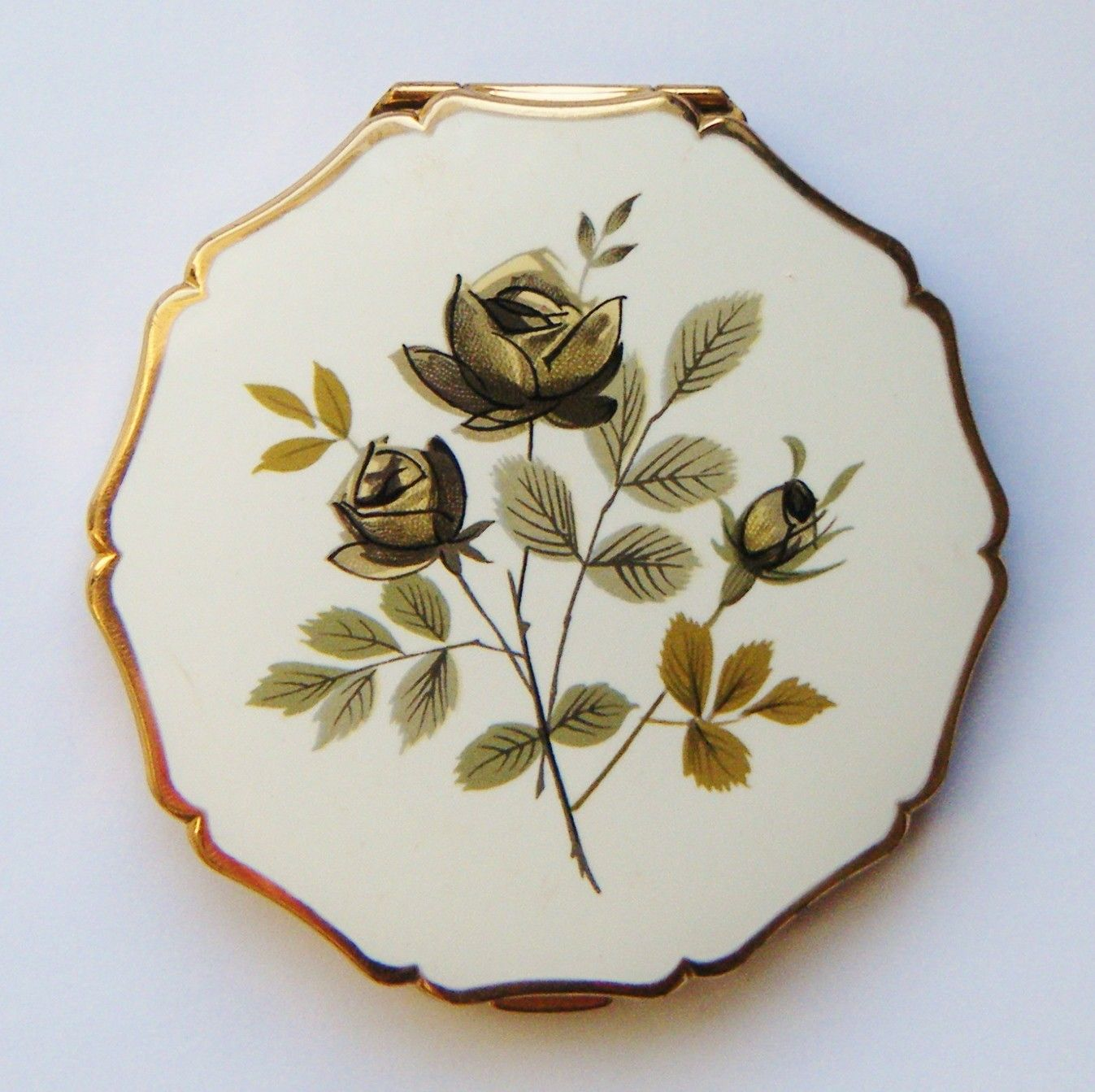 Grey Flower Stratton Compact