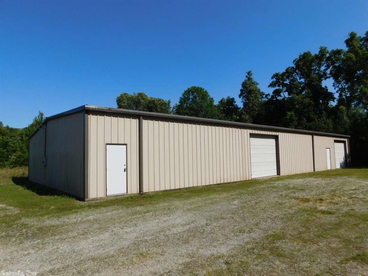 Commercial Zone C 2 Warehouse Insulated 5 000 Sq Ft With Concrete Floor 2 Entry Doors 2 12x10 Overh Concrete Floors Arkansas Real Estate Overhead Door