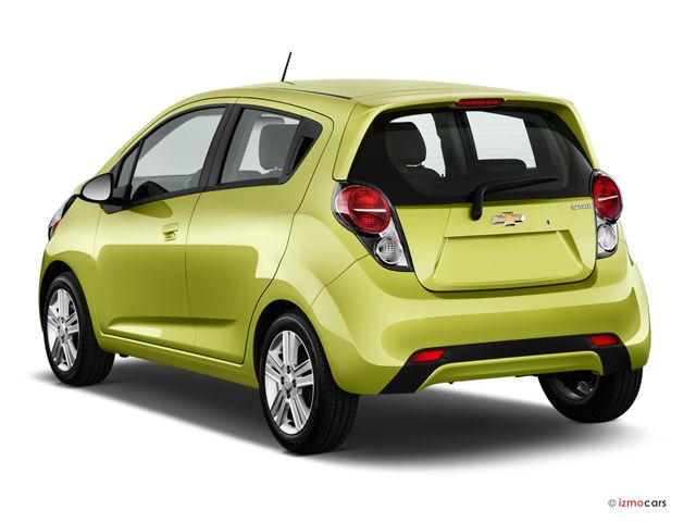 2015 Chevrolet Spark Angular Rear Photo I Think The Spark Is A Cute Car But Consumer Reports Gave The Top Small Suv Chevrolet Spark Chevrolet 2014 Chevy Spark
