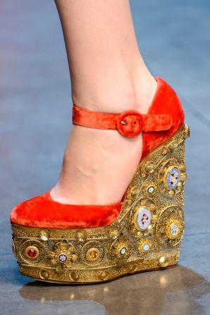 #D shoes