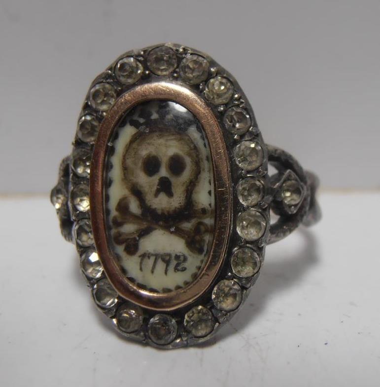 VERY INTERESTING GOLD FRENCH REVOLUTIONARY MEMENTO MORI CROWNED SKULL RING 1792  | eBay