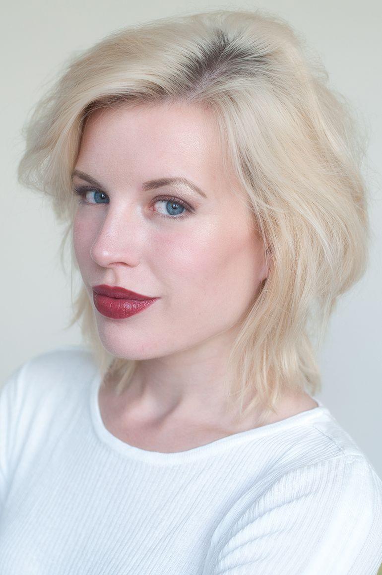 RED REIDING HOOD: www.redreidinghood.com Beauty blogger review clinique pop lip colour + primer cola swatch full face