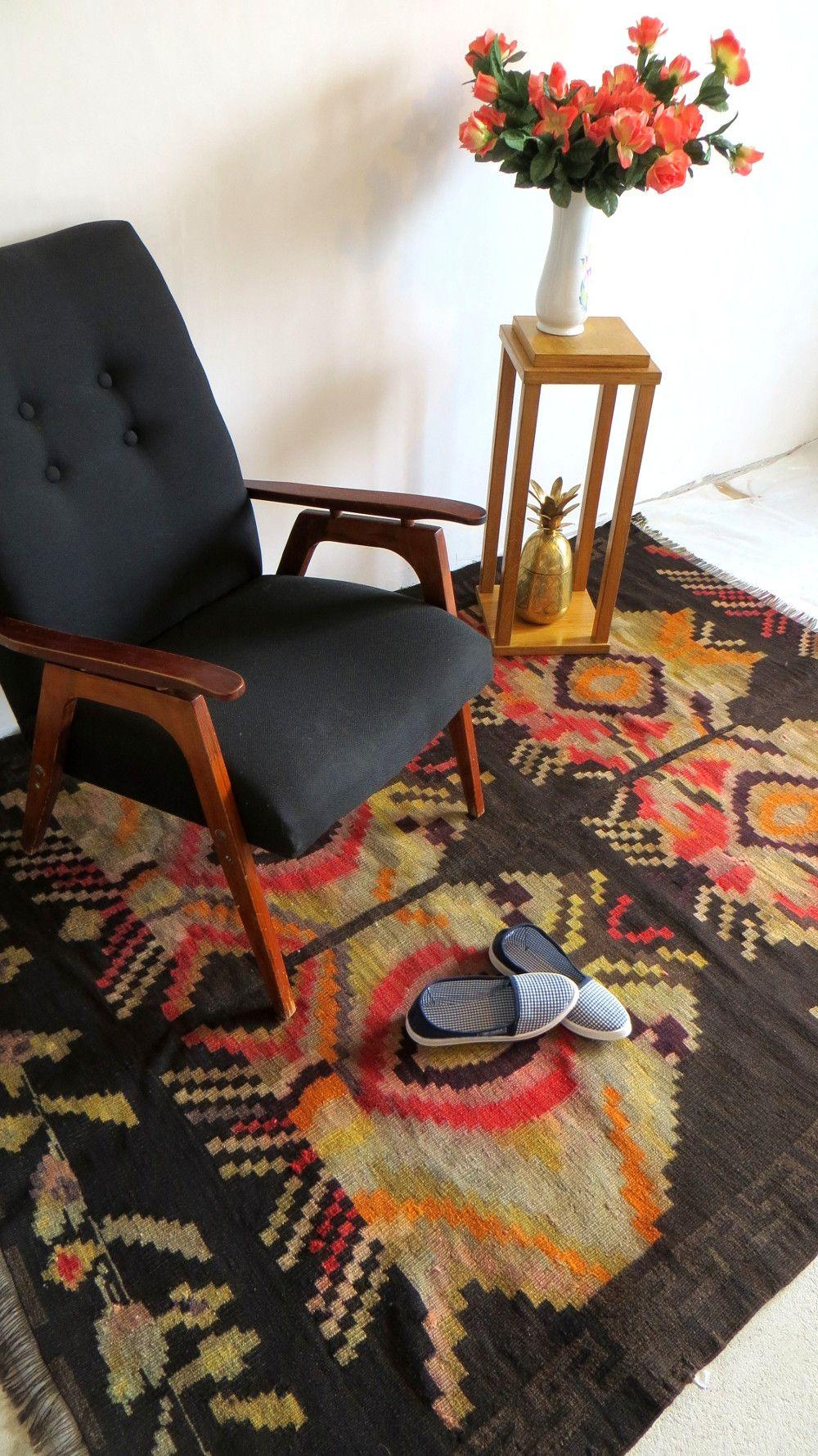 black rug morrocan rag rug vintage persian rug oushak area rug. Black Bedroom Furniture Sets. Home Design Ideas