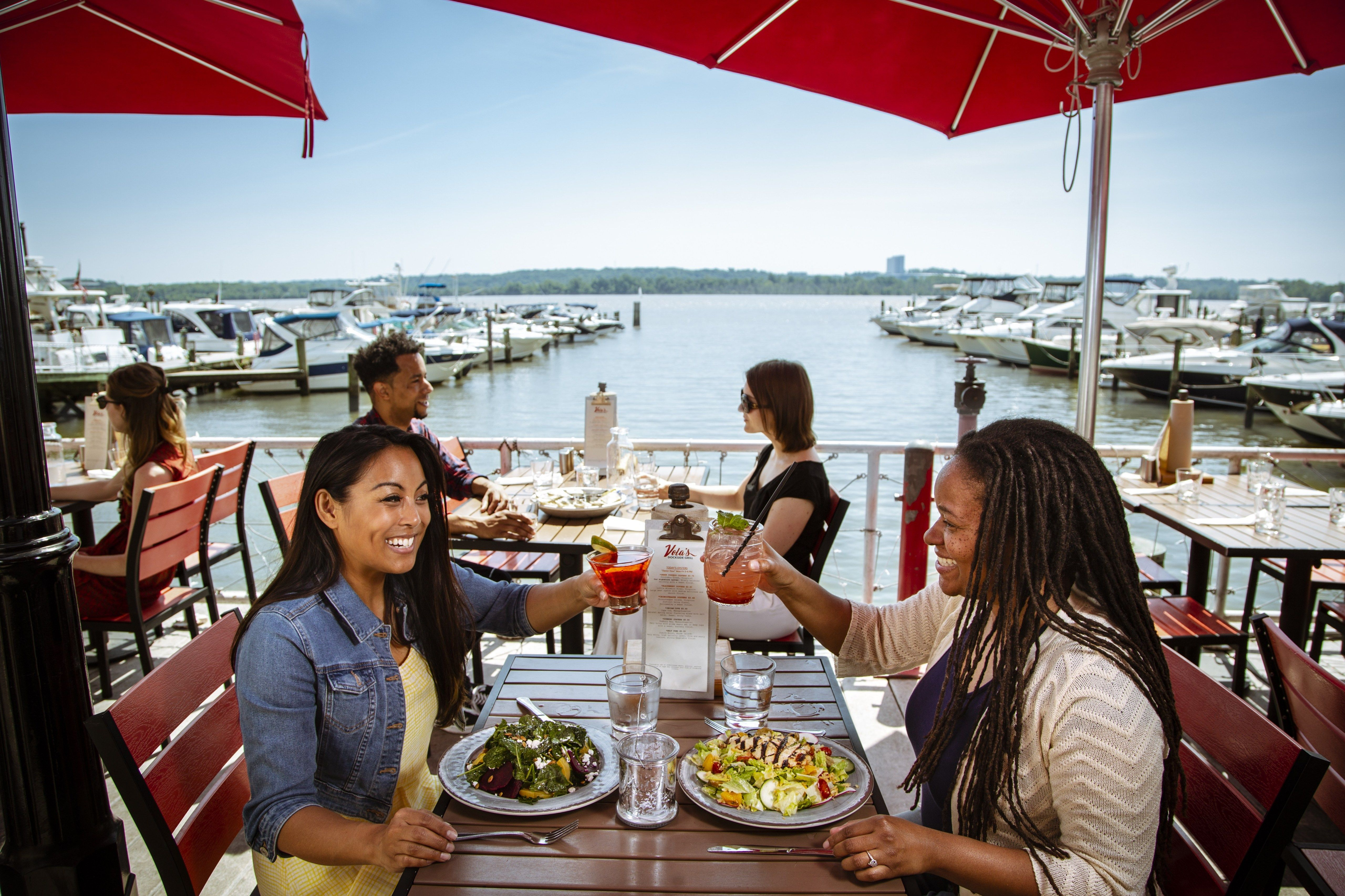 The Best of Outdoor Dining in Alexandria, VA | Summer