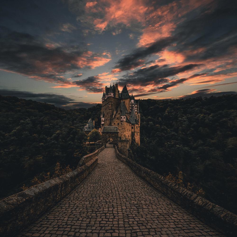 Download Wallpaper 3415x3415 Wierschem Germany Castle Trail Evening Sky Ipad Pro 12 9 Retina For Para Desktop Hintergrund Harry Potter Tumblr Naturbilder