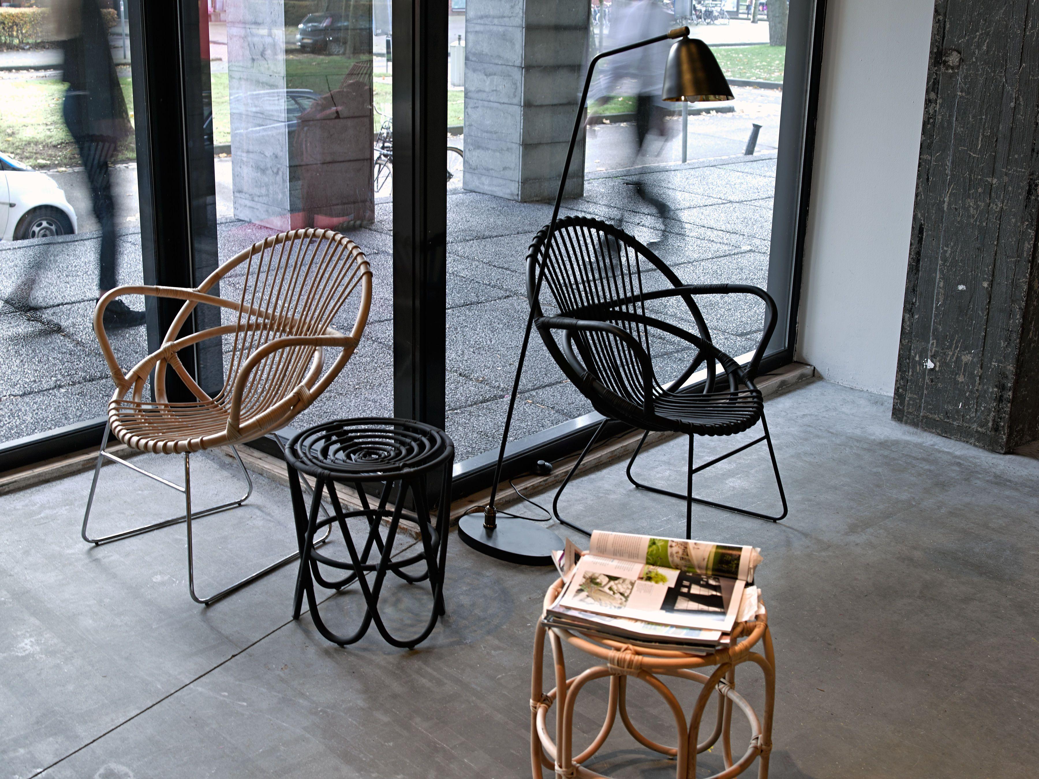 Paperclip Stool / Rattan Ø 40 x H 46 cm by Pols Potten