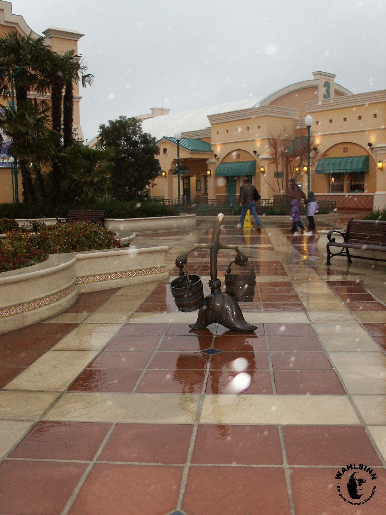 Disneyland Paris // Waöt Disney Studios - Eingangsbereich