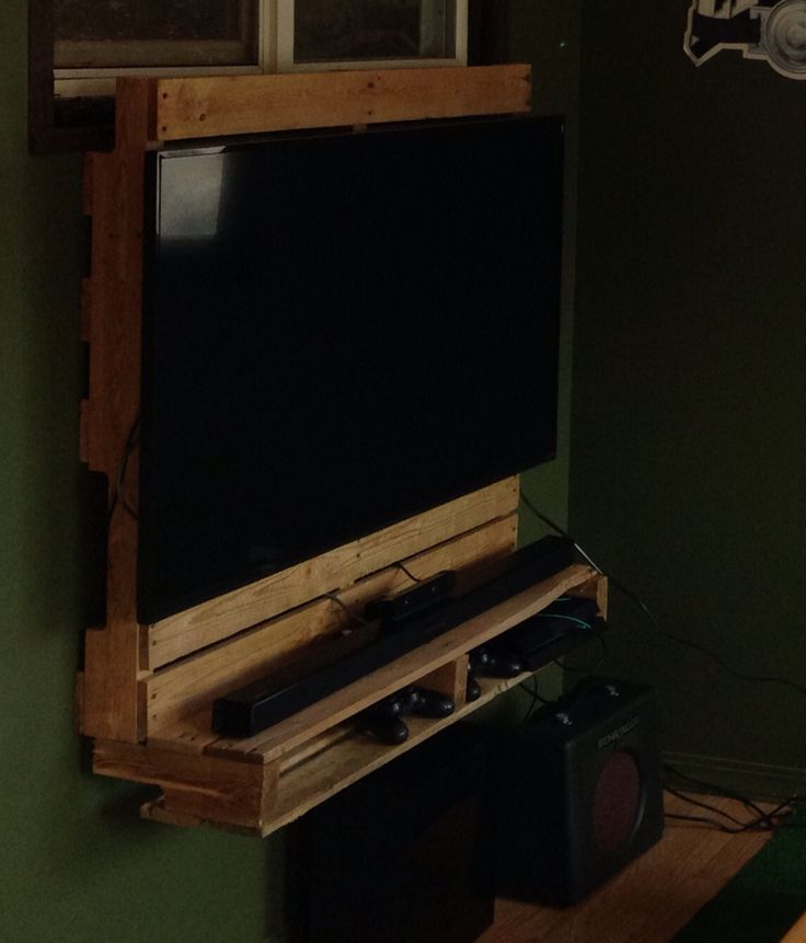 Diy pallet media tv stand diy tv mounting wall tv stand