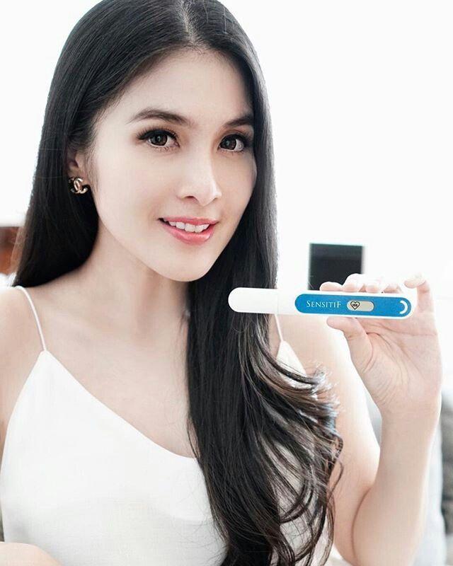 Sandra Dewi Celebrities Lingerie Model Dan Target Celebs Economic Model Lingerie Set Foreign Celebrities Target Audience Models Underwear