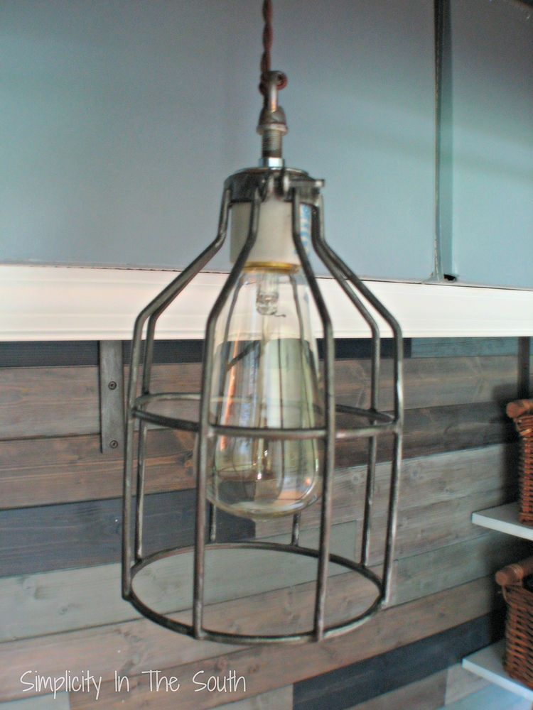 When I needed to find something to replace the bare bulb ceiling light in my son's office/closet, I wanted something that was a little vintage-esque. This penda…
