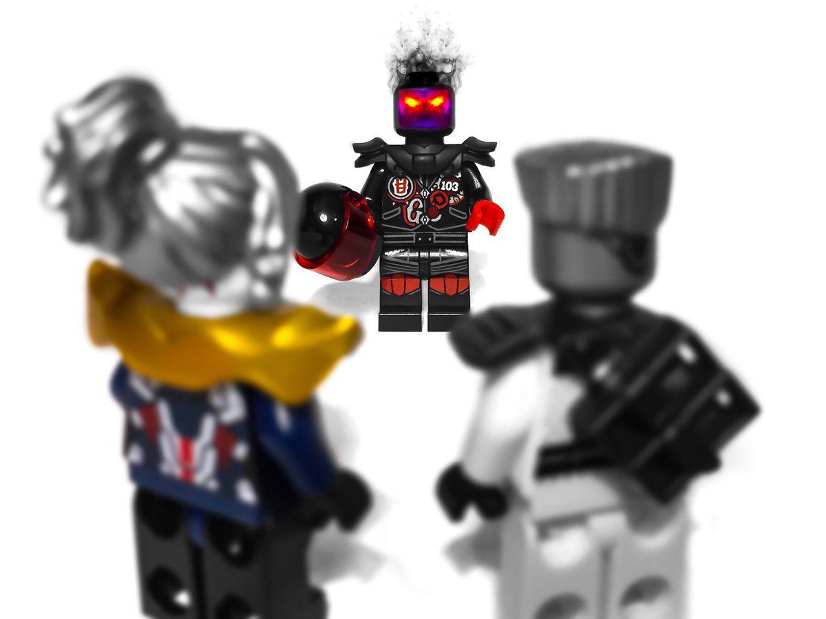 Lego Custom SHOGUN SAMURAI WARRIOR with Custom Armor and Weapons