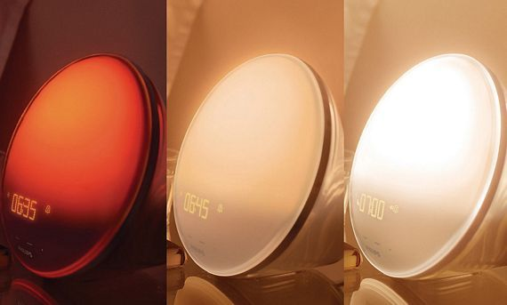 Philips Wake Up Light Creates Artificial Morning Sunlight Light