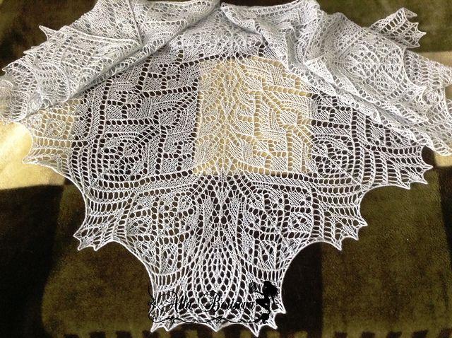 Snow Fairy Shawl pattern by Alla Borisova | Stricken