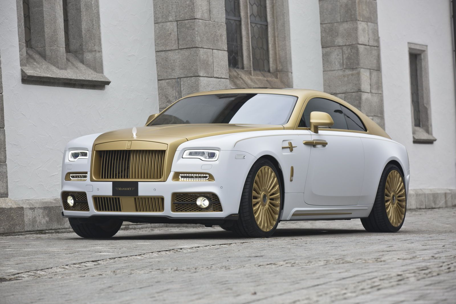 mansory s rolls royce wraith palm edition 999 dazzles with gold rh pinterest com