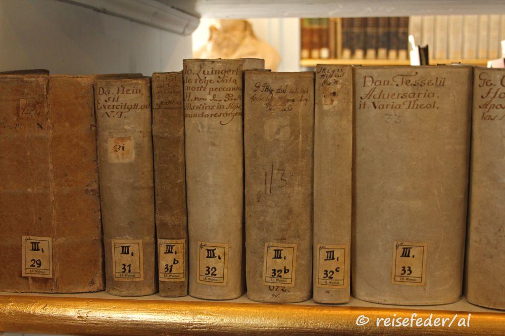 Weimar: Herzogin Anna Amalia Bibliothek, alte Bücher