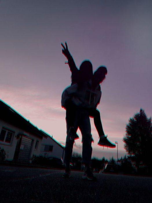 Poses Tumblr para tomarte con tu pareja. Fotografías para sacarte con tu novio #tumblr