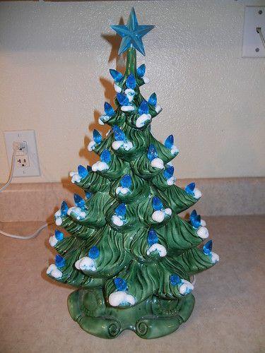 Vtg Atlantic Mold Ceramic Christmas Tree Lighted Flocked Branchs ...