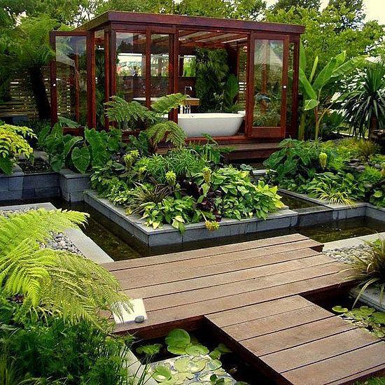 Garden View While Having A Bathtub, Beautiful!