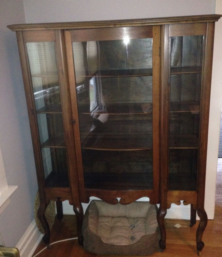Large Antique Curio Cabinet! 6 Legs Beautiful Wood Curved Glass Door!