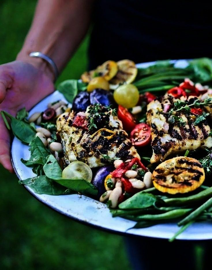 avec poisson grillé  - Gluten-Free Recipes  - Nicoise Salad  Salade estivale niçois avec pois