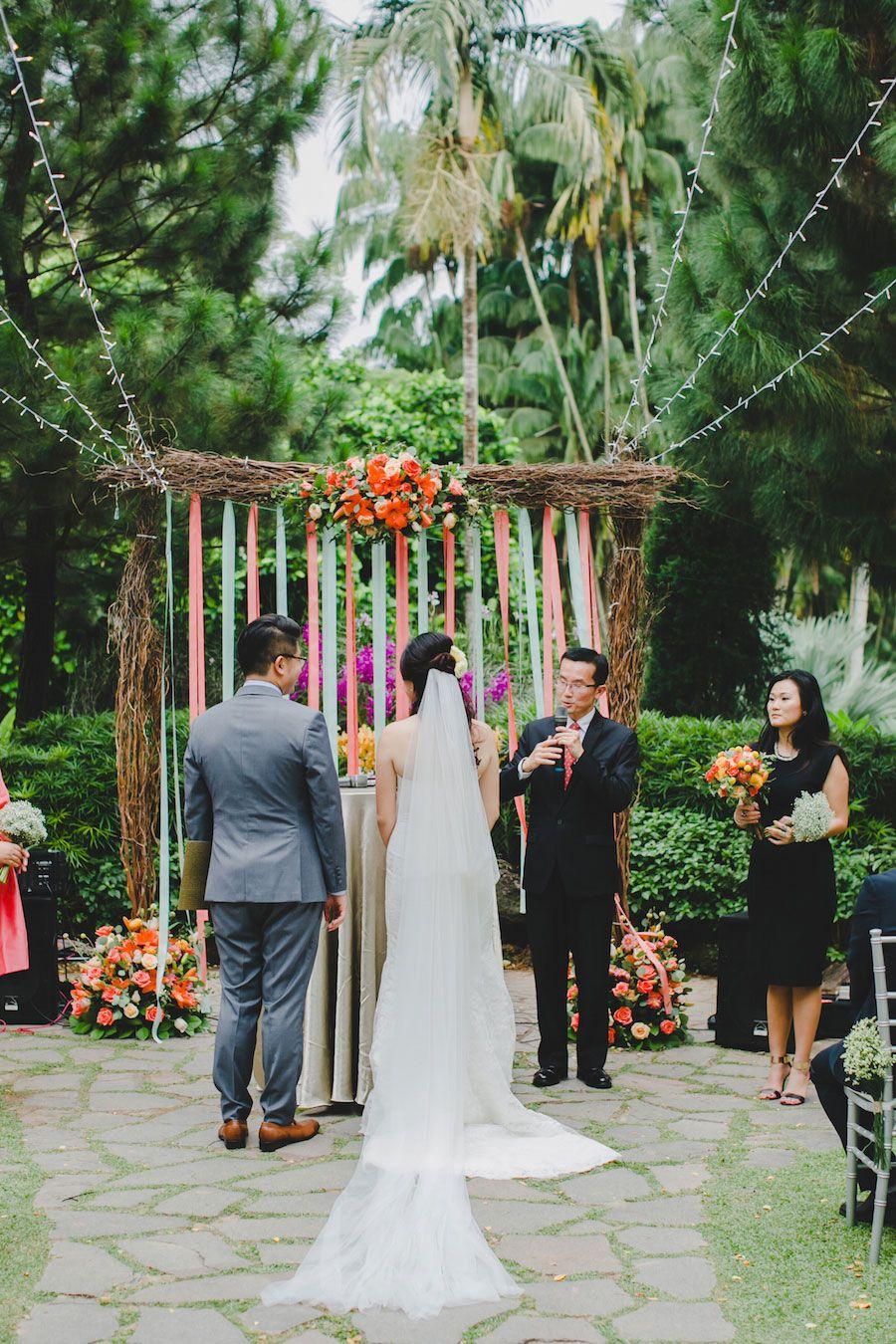 Desmond And Lay Pengs Rustic Garden Wedding At Singapore Botanic Gardens