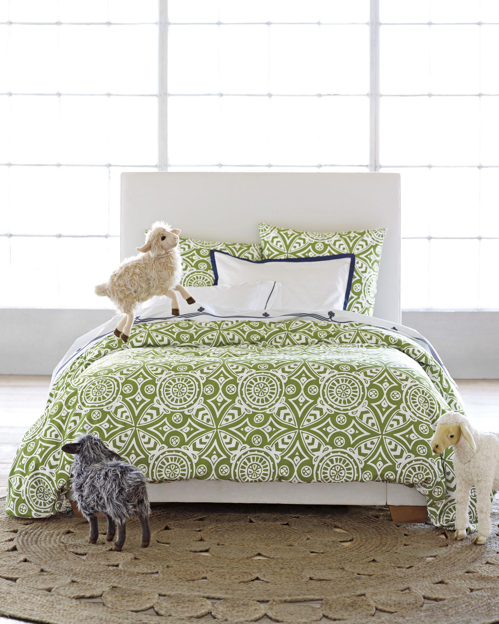 Round Jute Rug Medallion duvet, Bedroom redesign, Duvet