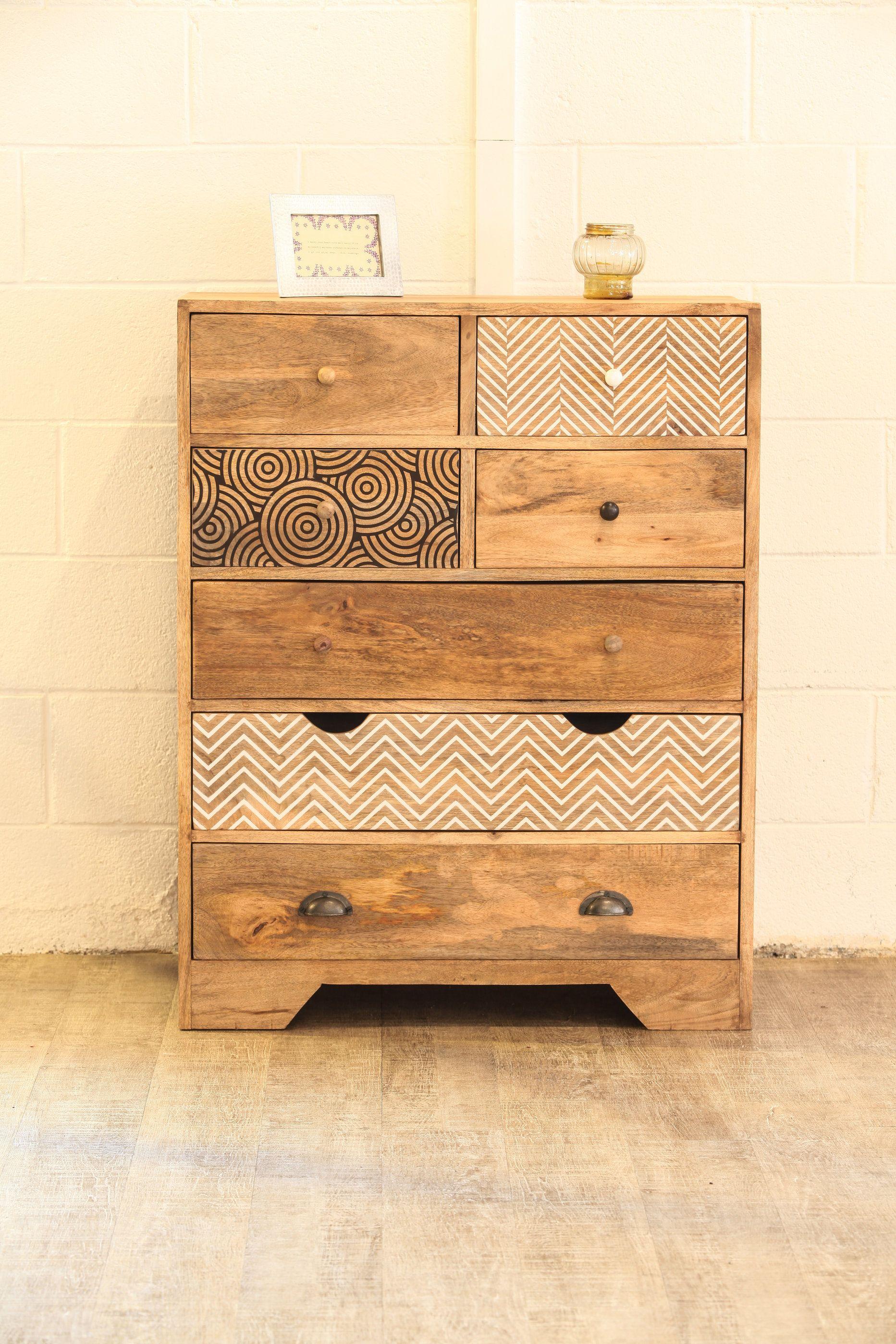 commode design 7 tiroirs bois imprim meuble bois de manguier comment repeindre une commode en bois vernis