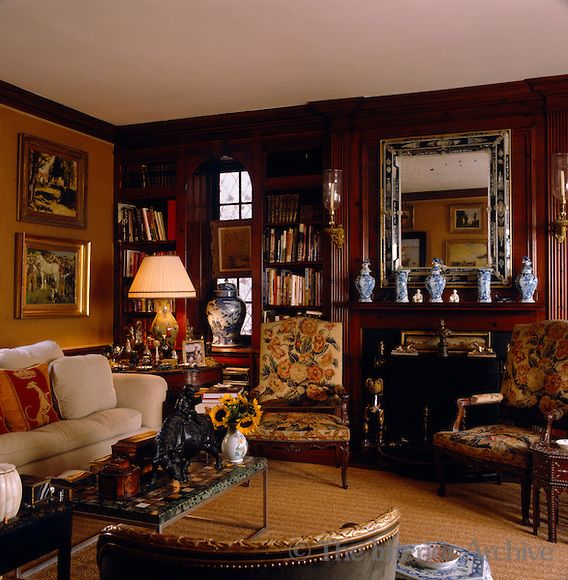 There S Nothing About This Room That I Don T Just Love Rich Warm Colors Everything Is Gorgeous And Refined John Rosselli Interior Home House Design