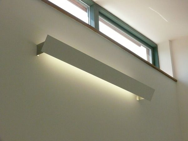 T5 Pelmet Light With Aluminium Brackets Wall Wash