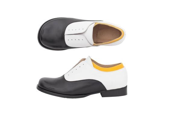a082771c159b Womens leather shoes Black and white oxfords handmade adikilav in ...