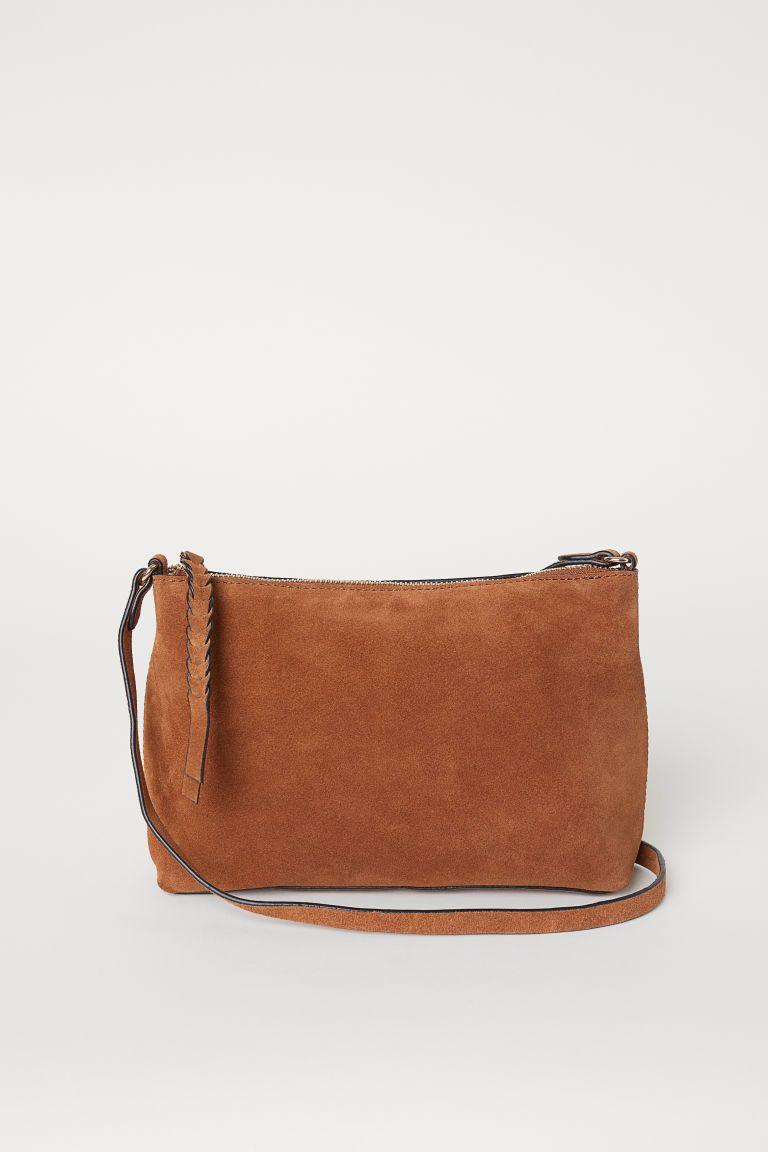 Axelremsväska i mocka | Bags, Shoulder bag, Orange bag
