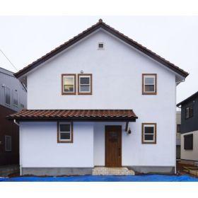 おしゃれな塗り壁の住宅の外壁画像集 白い家 種類 塗装 珪藻土 スイス