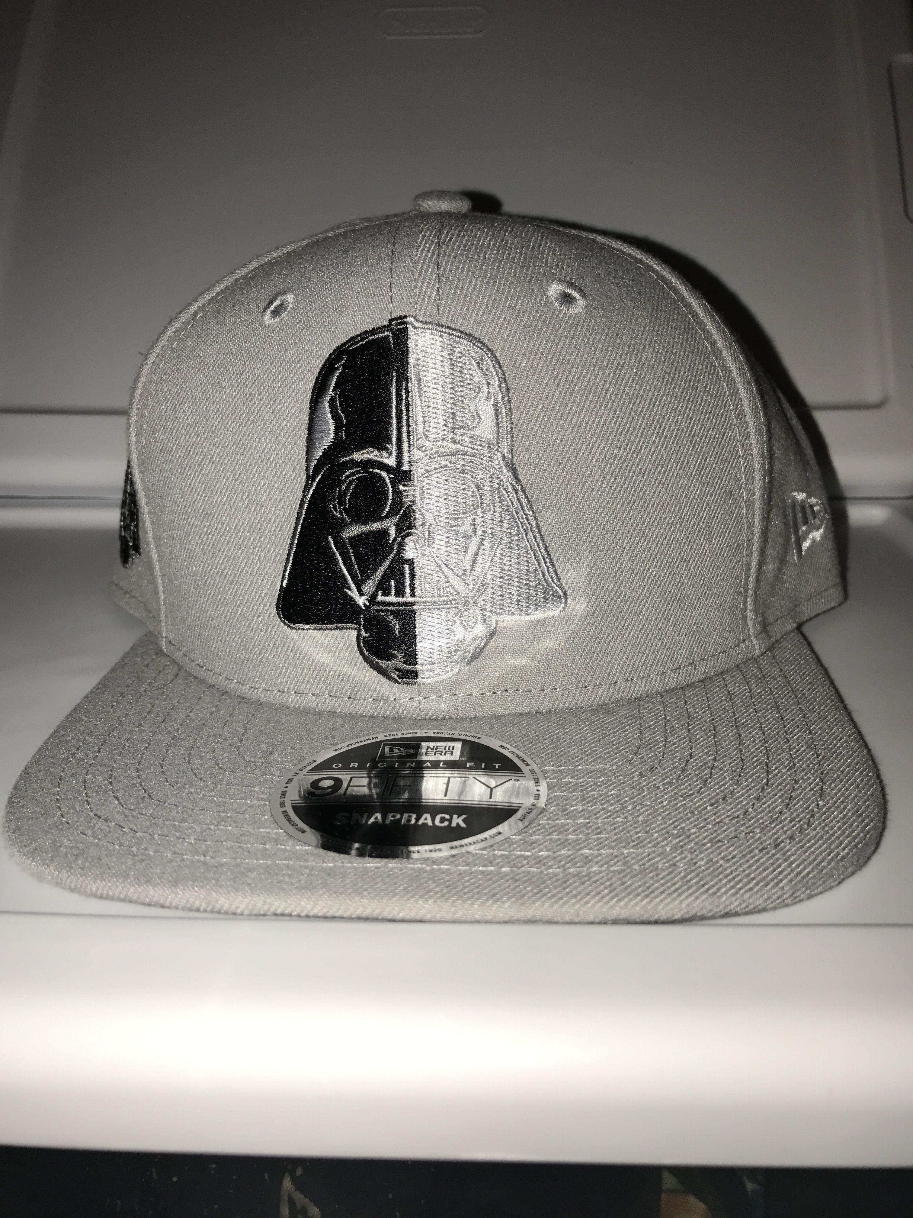 New era Star Wars Darth Vader split side with Darth Vader helmet on the side  snapback b9b02f2c5f17