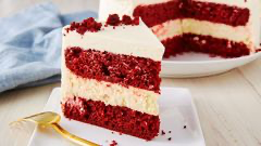 Red Velvet Cheesecake Cake #redvelvetcheesecake Best Red Velvet Cheesecake Cake Recipe - How to Make Red Velvet Cheesecake Cake #redvelvetcheesecake