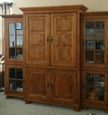 Broyhill Attic Heirlooms Oak Entertainment Center With Sony Wega Tv