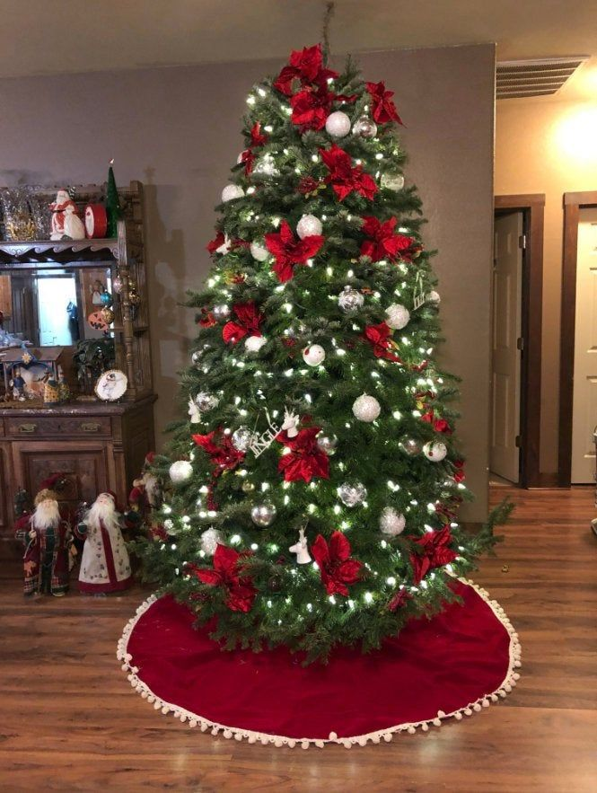 Pom Pom Velvet Tree skirt, Christmas tree skirt, t