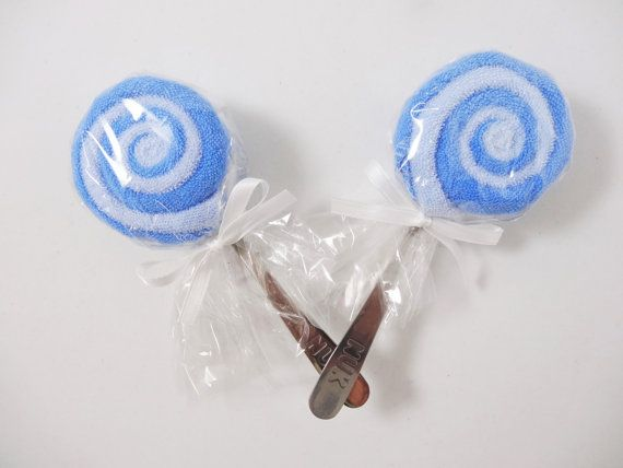 These adorable little lollipops can easily be added to the top of a gift or used as decorations!  #etsy #babygift #socute