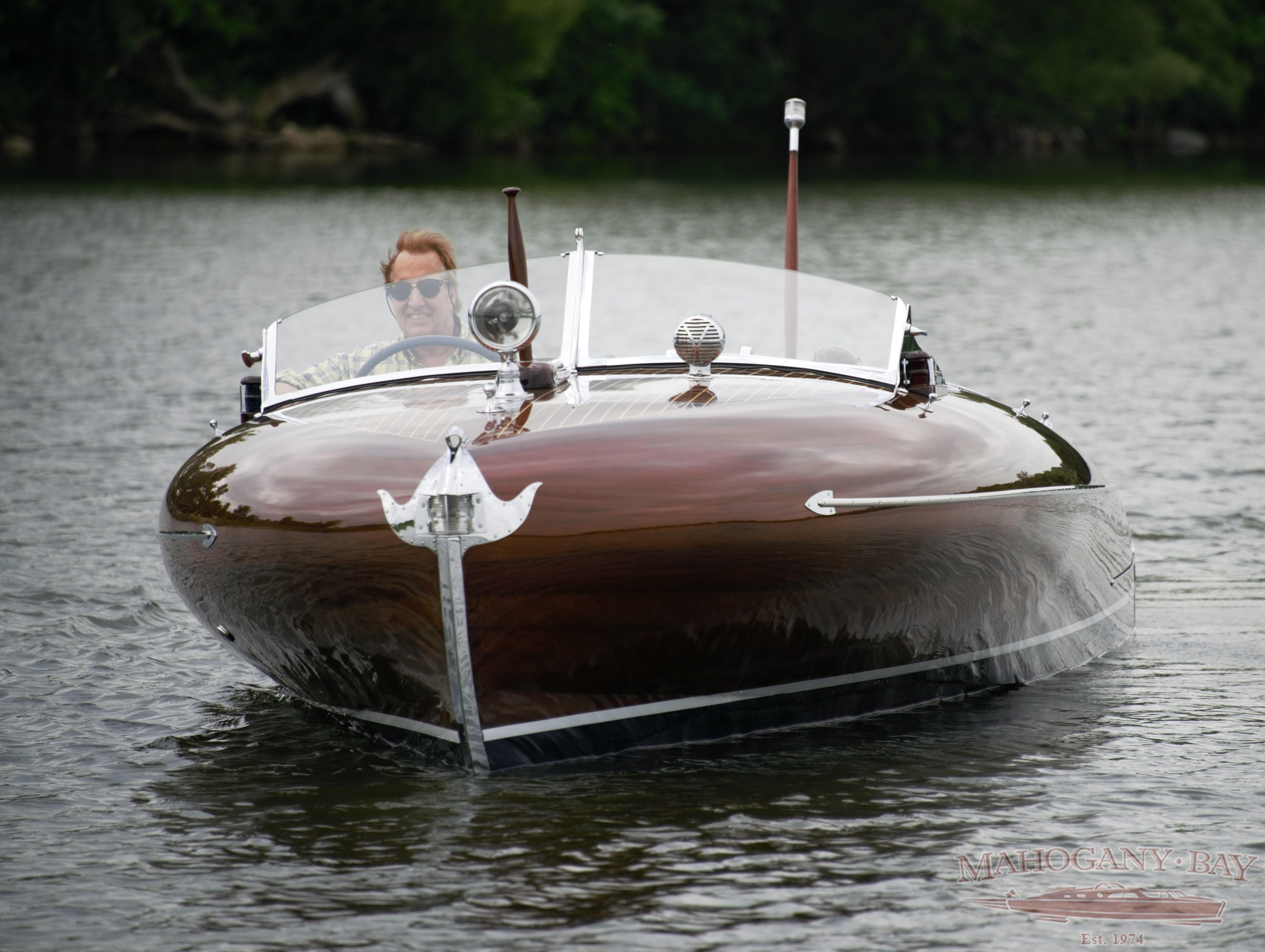 1939 24 Greavette Streamliner On The Water Wooden Speed Boats