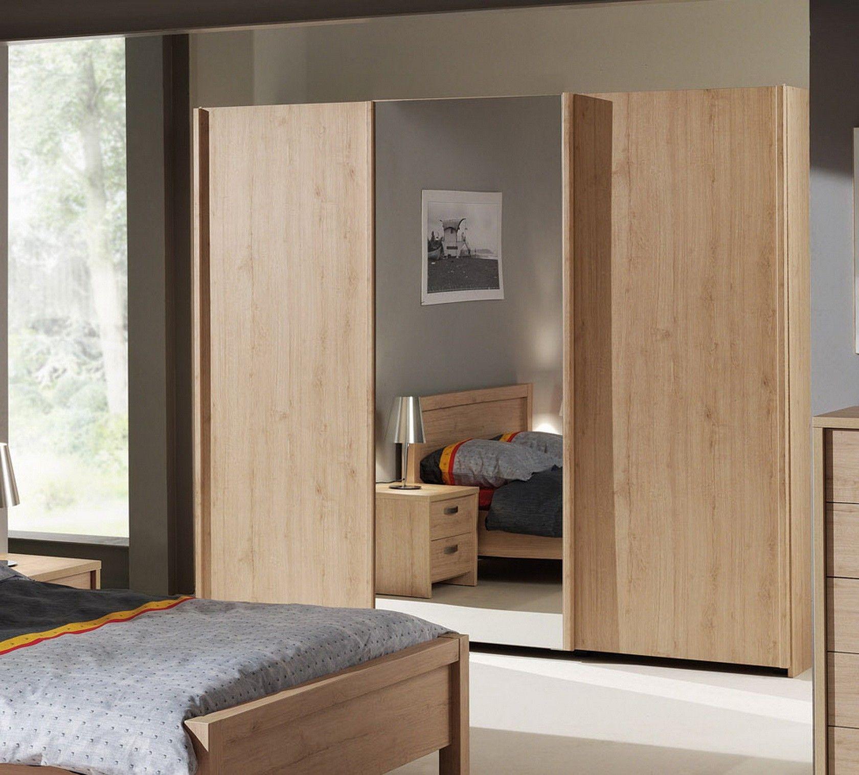Armoire Bois A 3 Portes Coulissantes Couleur Chene Porte Coulissante Chambre A Coucher Complete Armoire