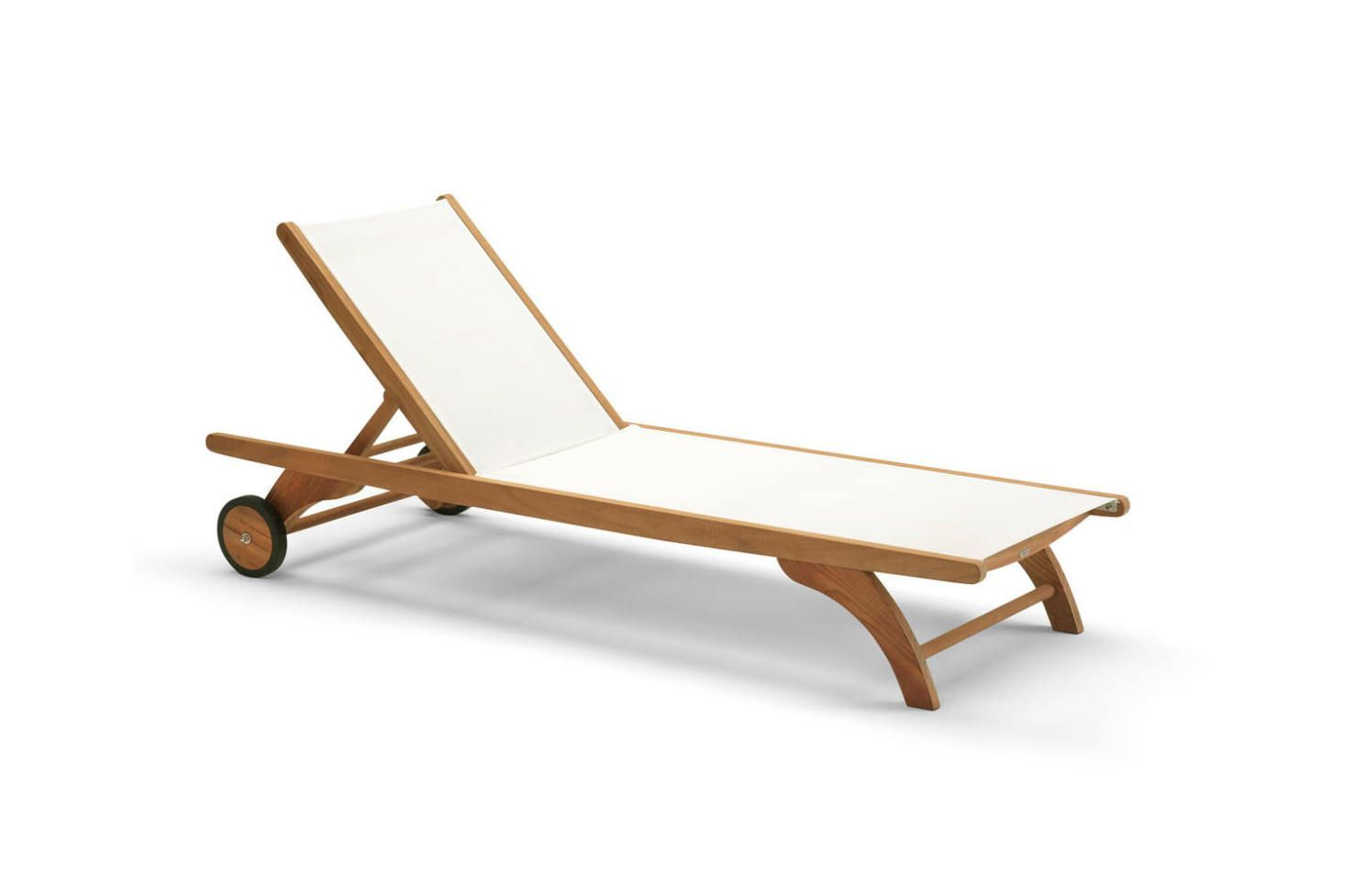 10 Easy Pieces Teakwood Chaise Lounges With Images Outdoor
